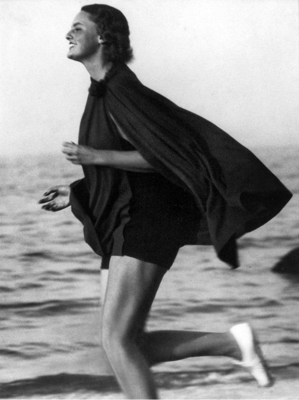 Exteriér, šport, pohyb, dynamika v roku 1933.
