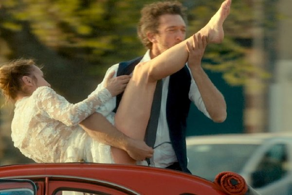 Emmanuelle Bercot a Vincent Cassel vo filme Môj kráľ.
