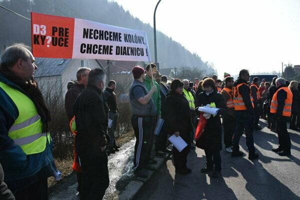 Doposiaľ sa uskutočnili tri protestné akcie.