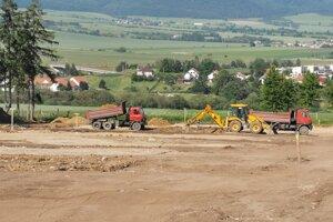 Nad Spišskou Kapitulou vzniká nová parkovacia plocha.