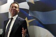 Guvernér gréckej národnej banky Jannis Sturnaras.
