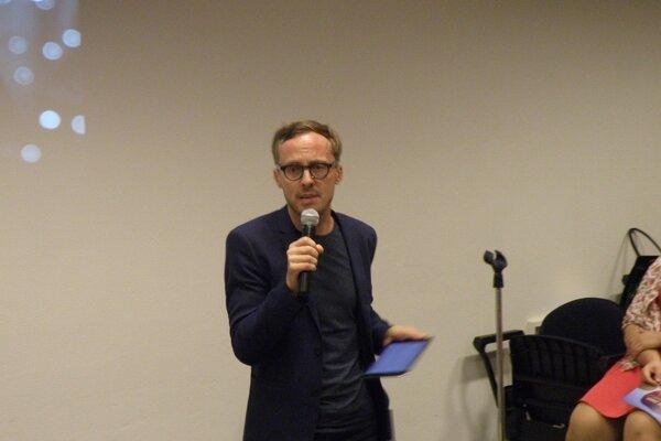 Novozámčanov na finále výberu Mesta kultúry podporil aj známy spisovateľ Michal Hvorecký.