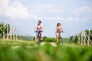 cyklistika vo vinohradoch Južná Morava (c)