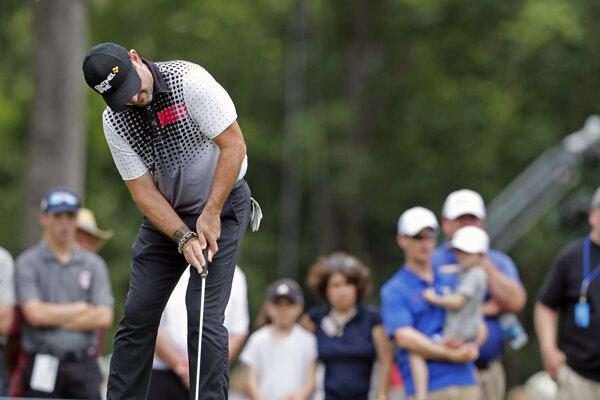 Na snímke slovenský reprezentant v golfe Rory Sabbatini na podujatí Charles Schwab Challenge zaradeného do seriálu PGA Tour v americkom Fort Worth 25. mája 2019.