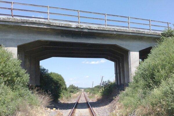 Most v Slatine idú opravovať.