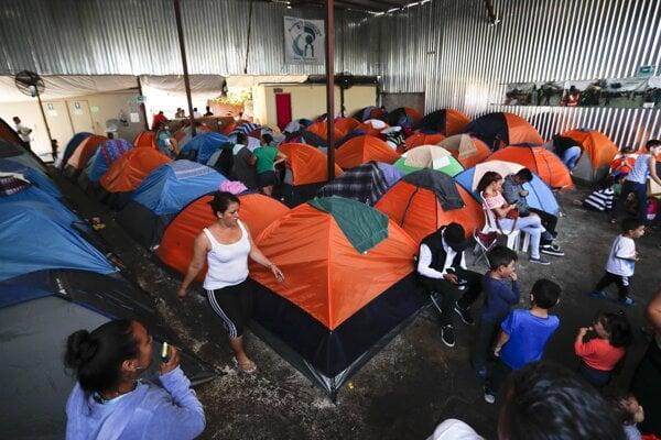 Utečenci v Tijuane.