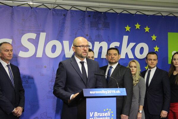 Predseda SaS pri predstavovaní kandidátov do eurovolieb.