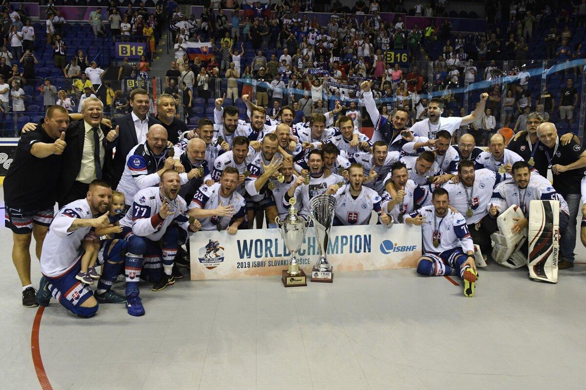 0b0879f64ad2b Slováci získali titul na MS v hokejbale 2019 - Šport SME
