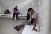 Mexickí vojaci nesmú zadržiavať migrantov na hranici s USA.