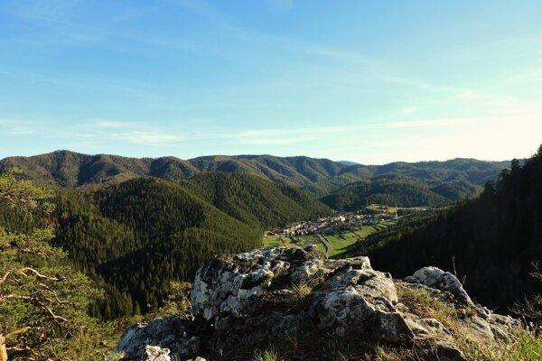 Obec Vernár má partizánsku minulosť, mín sa na jej území môže nachádzať viac.