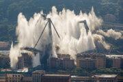 Morandiho most patril medzi vyťažené dopravné ťahy v prístavnom meste. V minulosti ho museli niekoľkokrát opravovať, až napokon náklady na opravy presiahly náklady na samotnú konštrukciu mosta. Vlani v auguste sa jeho časť zrútila. Tragédia si vyžiadala desiatky mŕtvych.