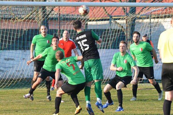 Dolné Saliby už nebudú hrať IV. ligu. Prihlásili sa až do MO Galanta. Tam budú mať aj derby s Hornými Salibami.