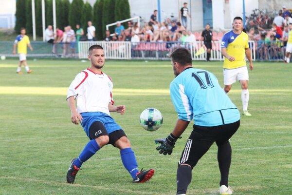 Michal Bisák prispel k víťazstvu dvoma gólmi.