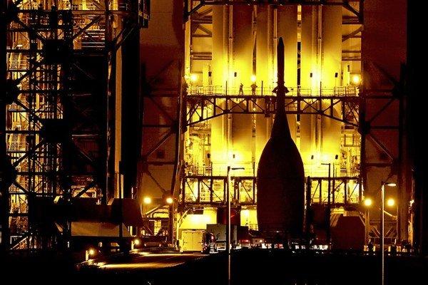 Vesmírna loď Orion má odštartovať dnes krátko po jednej.