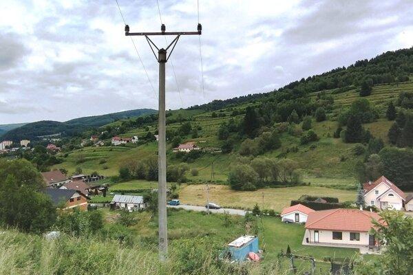 Pôvodné vedenie na tomto mieste v Hriňovej prejde rekonštrukciou.