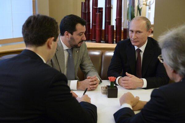 Salvini s Putinom na samite ASEM roku 2014.