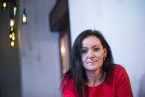 Zuzana Melicherčíková dostala cenu Biela vrana za upozornenie na podivné prijímanie na Univerzitu Komenského.