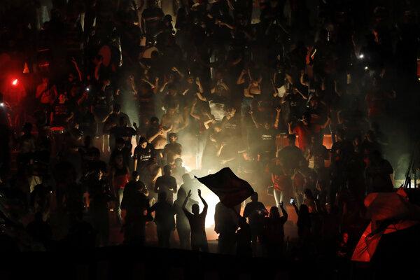 Futbaloví fanúšikovia (ilustračné foto).