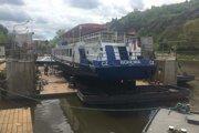Loď Bohemia na začiatku cesty.