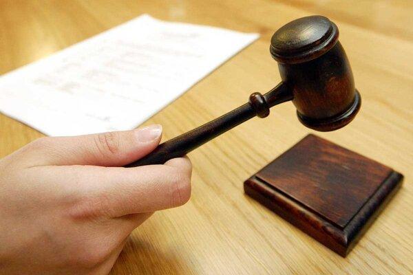 Exstarosta sa proti rozhodnutiu súdu odvolal.