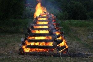Vatra zvrchovanosti.