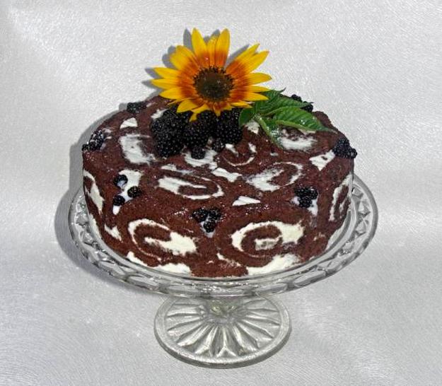 Letná citrónovo-jogurtová torta