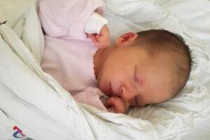 Linda Gugová (3540 g, 51 cm) sa narodila 11. júla Kataríne a Radovanovi z Hornej Súče.