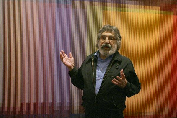 Venezuelský výtvarník Carlos Cruz-Diez.