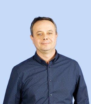 Peter Szolcsányi.