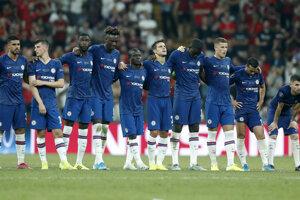 Hráči Chelsea Londýn počas penaltového rozstrelu.