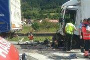 Nehoda sa stala v Oškerde, zasahovali pri nej hasiči z Kysuckého Nového Mesta a Žiliny.