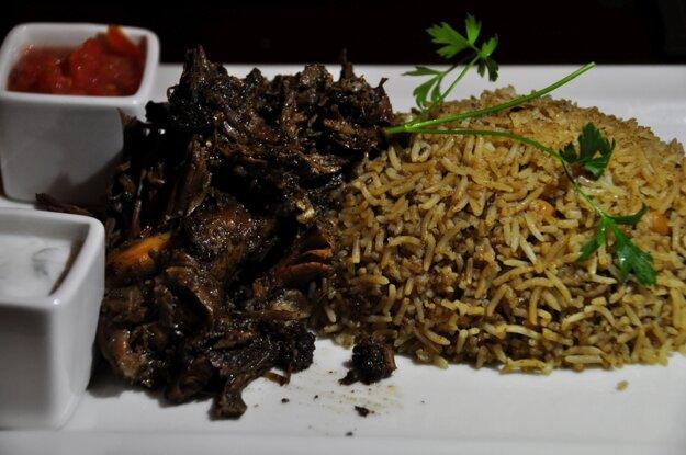 Shuwa je typické jedlo v Ománe