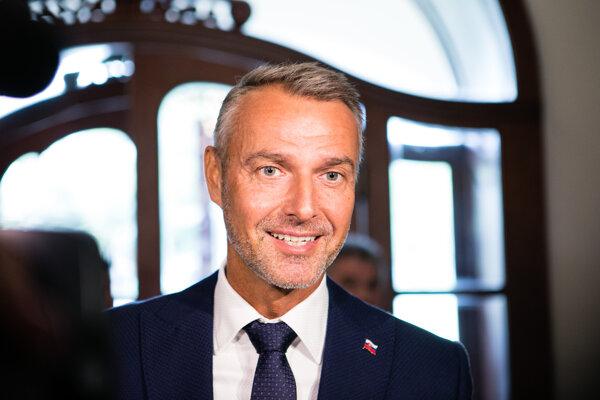 Podpredseda vlády SR pre investície a informatizáciu Richard Raši počas príchodu na rokovanie 165. schôdze vlády SR.