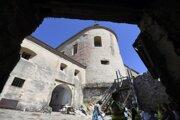 Revitalizácia hradu Krásna Hôrka.