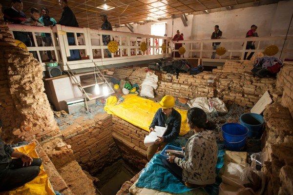 Dôkazy budhizmu posunuli archeológovia o tristo rokov.