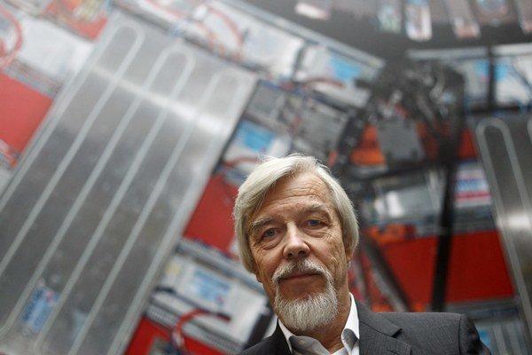 RolfDieter Heuer vedie CERN od roku 2009.