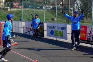 Hokejbal v Nitre je na vzostupe.