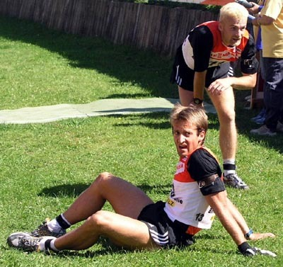 pavol hurajt (v popredí) a pavol novák v cieli pro pretekoch v šprinte.