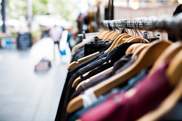 Základným predpokladom zníženia tvorby odpadu akéhokoľvek druhu sa začína pri nákupe.