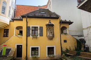 Záhradný domček, kde je Hummelovo múzeum, postavili až po jeho smrti.