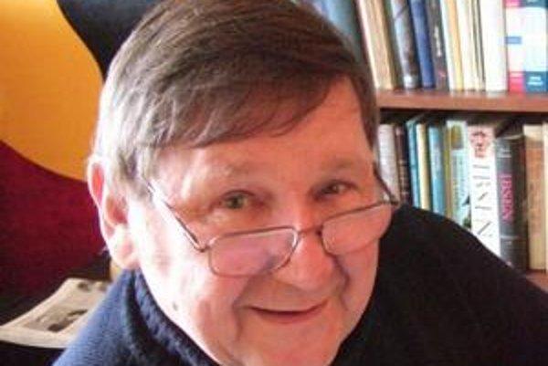 Jiří Svoboda (1946) - do roku 1990 pracoval ako matematik-analytik vo výpočtovom stredisku Elektromontážnych závodov v Prahe. Od roku 1977 vydáva odborné publikácie o vývoji spoločnosti vo väzbe na kolísanie klímy. Pravidelne sa zúčastňuje na medzinárodný