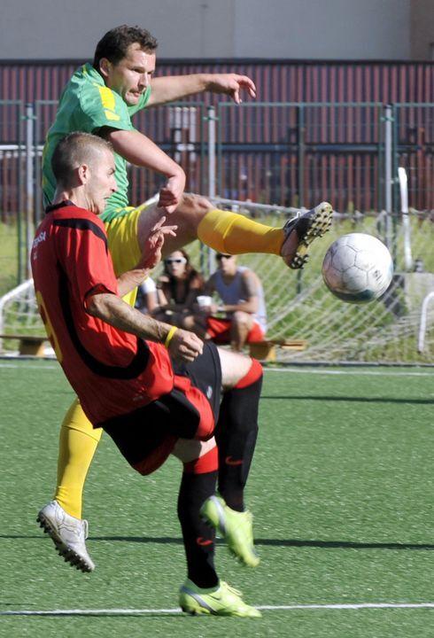 sm-0823-015c-futbal.rw_res.jpg