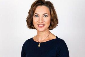 Angelika Hanesz (49), učiteľka informatiky a fyziky na Základnej škole s vyučovacím jazykom maďarským v Buzici.