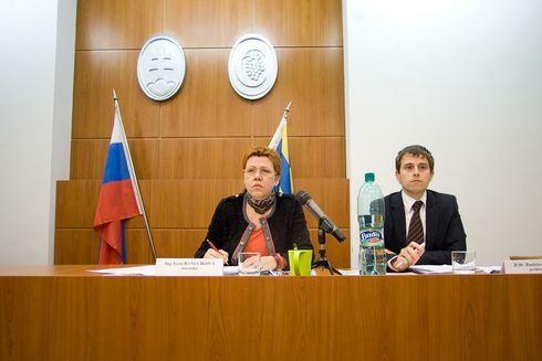hanulikova_res.jpg