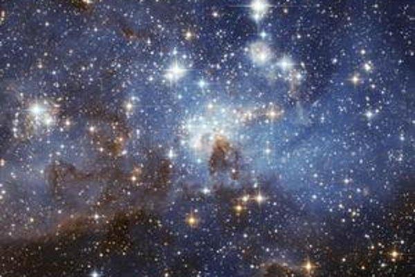 Galaxie do seba niekedy narazia. Tak ako v prípade galaxií Tykadlá.