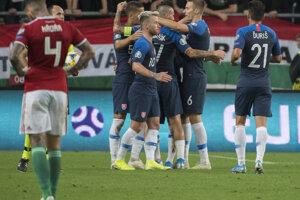 Radosť slovenských futbalistov po víťazstve 2:1 v zápase kvalifikácie na EURO 2020 Maďarsko – Slovensko.