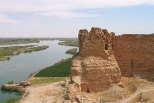 Citadela Dury nad Eufratom.