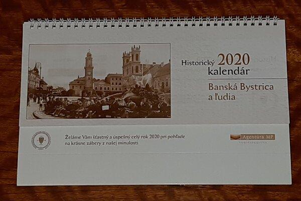 Obľúbený historický kalendár vás bude sprevádzať aj rokom 2020.
