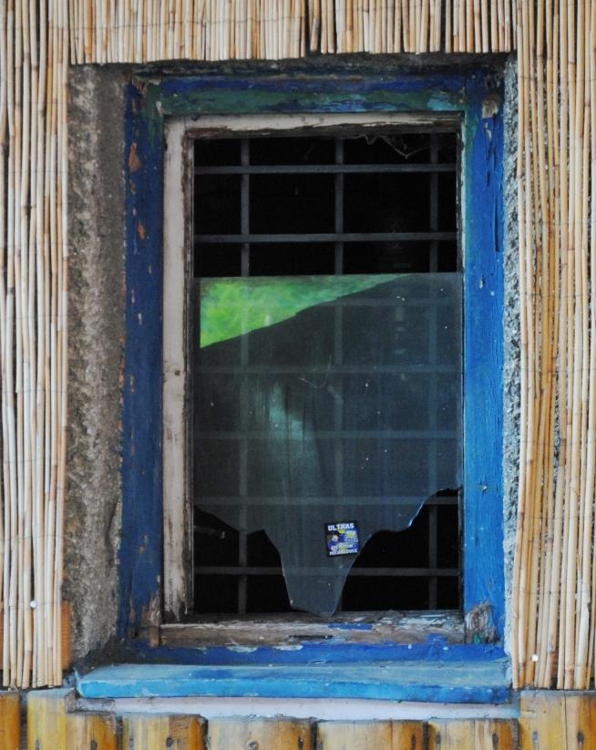bako_rozbit---okno_mh--4-_r6152.jpg