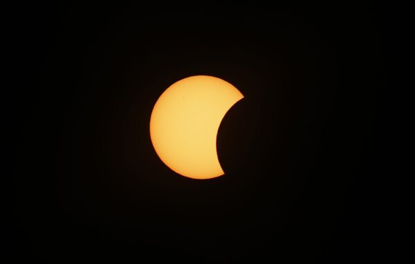 norway_europe_solar_eclipse-b55745f88b12_r9222_res.jpeg